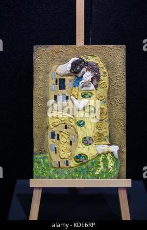 Londres, Royaume-Uni. 13 oct, 2017. Un Gustav Klimt peint avec du chocolat au chocolat art Exposition au salon du Banque D'Images