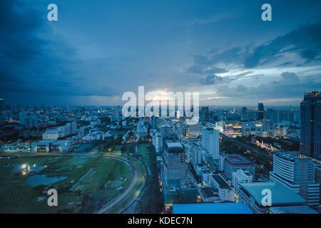 Vue sur Bangkok, Thaïlande au crépuscule