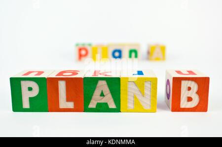 Autre plan b concept présenté avec des blocs de jouets. Banque D'Images