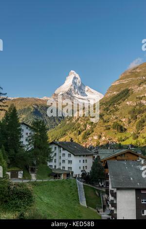 Matterhorn couverte de neige, vue de Zermatt, Valais, Suisse Banque D'Images