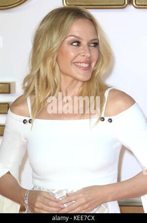 18 sept, 2017 - Kylie Minogue assister à 'Kingsman: Le Cercle d'Or' Première Mondiale, de Leicester Square à Londres, Banque D'Images