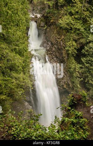 La région de Wallace falls au début du printemps, Wallace falls State Park, North Cascades, près de la ville de Banque D'Images