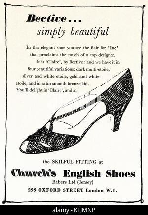 1950 old vintage advert original magazine anglais imprimer publicité Publicité english church's chaussures pour Banque D'Images