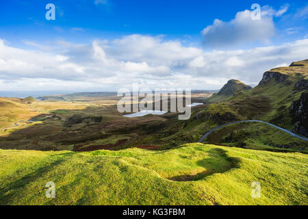 Vue paysage de montagnes quiraing sur l'île de Skye, highlands, Ecosse, Royaume-Uni Banque D'Images