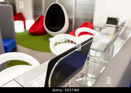 Meuble tv bureau magnifique aménagement de bureau moderne dans un
