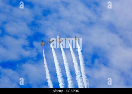 Les six de l'US Air Force Thunderbirds effectuer leur voltige de précision pendant les 'Warriors sur les monts Wasatch' Air Show at Hill AFB, Utah, USA.
