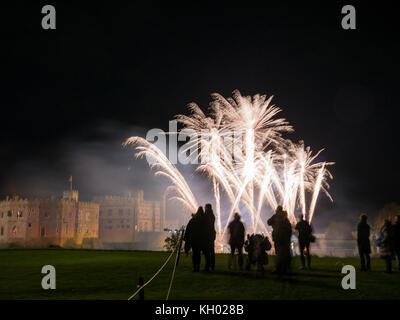 Le château de Leeds d'artifice spectaculaire, Maidstone, Kent, UK 05 novembre 2017 Banque D'Images