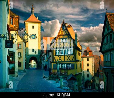 De - La Bavière: ploenplein gate à Rothenburg-ob-der-Tauber Banque D'Images