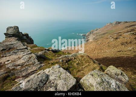 Après-midi de printemps sur Lundy Island au large de la côte nord du Devon, Angleterre. Banque D'Images