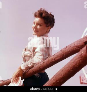 Connie FRANCIS chanteuse américaine de pop et actrice de cinéma vers 1960