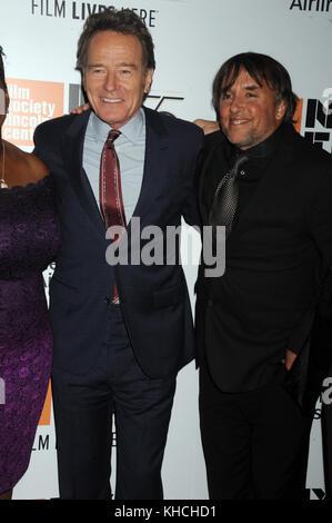 New York, NY - 28 septembre: Bryan Cranston, Richard linklater assiste à la 55e festival du film de new york premiere Banque D'Images