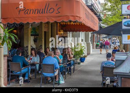 Café en plein air de Park Avenue, à Winter Park florida united states Banque D'Images