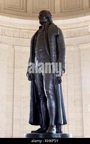 Statue de Thomas Jefferson dans le Jefferson Memorial, West Potomac Park, Washington DC, USA Banque D'Images