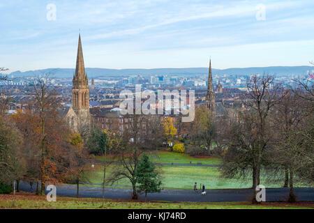 Toits de Glasgow de Southside Queens Park de la ville. Ecosse, Royaume-Uni Banque D'Images