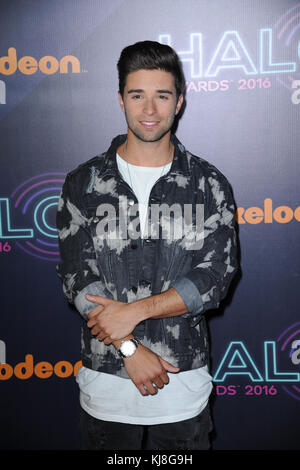 New York, NY - 11 novembre : jake miller assiste à la halo awards 2016 nickelodeon au quai 36 le 11 novembre 2016 Banque D'Images
