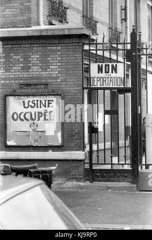 Philippe gras / le pictorium - mai 1968 - 1968 - France / Ile-de-France (région) / paris - porte avant de l'imprimerie Banque D'Images