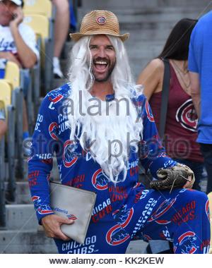 Los Angeles, Californie, USA. 14Th Oct, 2017. Fan des Cubs de Chicago avant d'une série de championnat de la Ligue nationale de baseball jeu contre les Dodgers de Los Angeles au Dodger Stadium le Samedi, Octobre 14, 2017 à Los Angeles. Credit: Keith Birmingham/SCNG/ZUMA/Alamy Fil Live News Banque D'Images