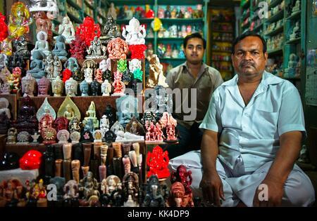 Varanasi (Benares) où les gens viennent mourir EN INDE coup d'œil - 07/09/2010 - Inde / Benares - Portrait d'une Banque D'Images