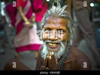 Varanasi (Bénarès) où les gens viennent à mourir d'œil indien - 07/09/2010 - Inde / benares - intouchables? - Sylvain Banque D'Images