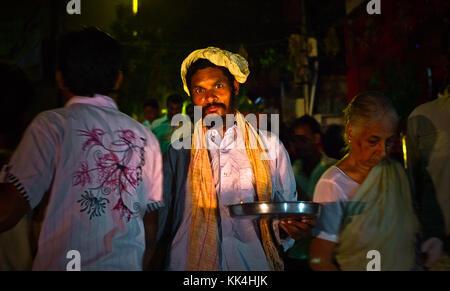 Varanasi (Bénarès) où les gens viennent à mourir d'œil indien - 07/09/2010 - Inde / benares - portrait - varanasi Banque D'Images