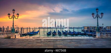 Panorama Venise. Vue panoramique cityscape image de Venise, Italie pendant le lever du soleil. Banque D'Images