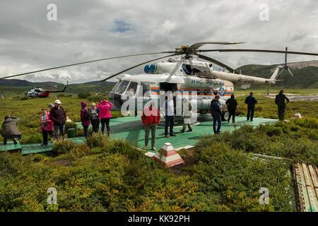 Hélisurface dans la caldera uzon kronotsky. réserve naturelle sur la péninsule du Kamtchatka. Banque D'Images