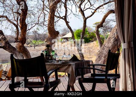 Coin repas extérieur à onguma Tented Camp, onguma game reserve, la Namibie, l'Afrique
