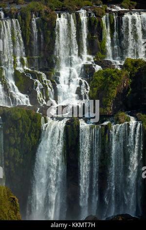 Chutes d'Iguazu, Argentine, vue du Brésil, Amérique du Sud Banque D'Images