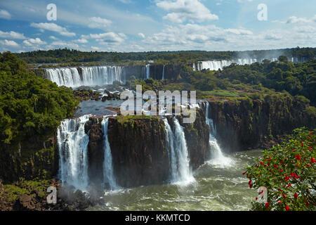 Salto salto rivadavia et tres musqueteros, iguazu, argentine, vu de côté, l'Amérique du Sud Brésil Banque D'Images