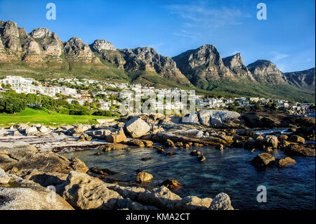 Camps Bay, Cape Town shore line Banque D'Images