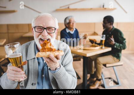 manger des pizzas