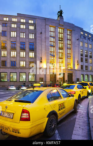 Čnb - la Česká národní banka, Namesti republiky, Stare Mesto, Praha, Ceska Republika / cnb - Banque nationale tchèque, prikopy, Prague, République tchèque