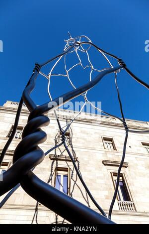 Les Castellers statue moderne tour à Plaça de Sant Miquel. Banque D'Images