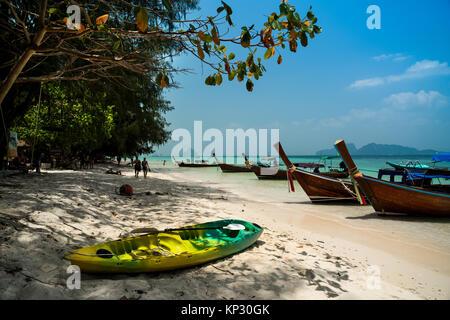 """Bateau """"long tail au Phi Phi Island Krabi Thailande Banque D'Images"""