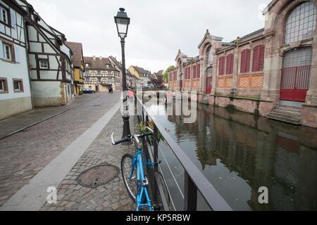 La construction du marché et du canal de Colmar Alsace France Banque D'Images