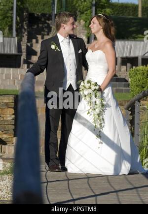 Parution du modèle , Junges Brautpaar - jeunes couples nuptiales Banque D'Images