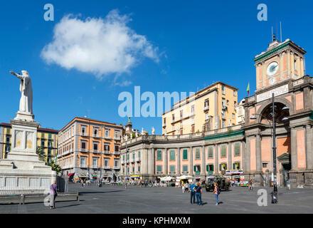 Convitto Nazionale Vittorio Emanuele II dans le centre historique, la Piazza Dante, Naples, Italie Banque D'Images