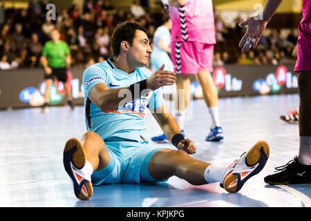 Leon, Espagne. 16 Décembre, 2017. Aitor Ariño (FC Barcelone) au cours de la match de hand d'espagnol 2017-2018 Coupe Banque D'Images