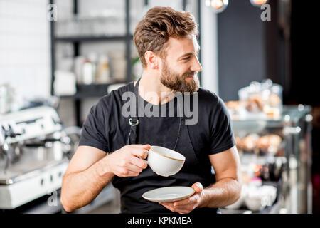 Portrait au café barista