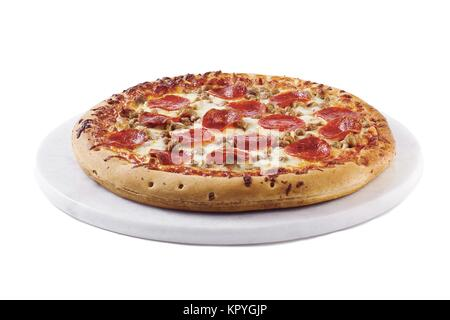 Pizza isolated on white Banque D'Images
