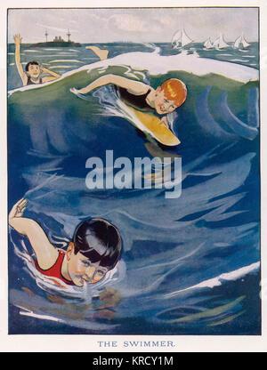 Trois garçons s'attaquer les vagues dans la mer, deux nager, et un garçon a une petite planche de surf. Date: 1923 Banque D'Images