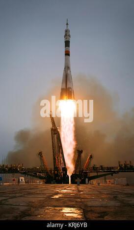 Le Soyouz TM-14 lance depuis le cosmodrome de Baïkonour au Kazakhstan le jeudi 26 mars, 2009 Expédition transportant Banque D'Images