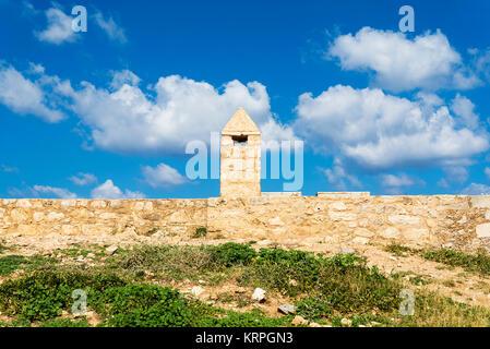 Bastion de la forteresse Fortezza à Rethymno, Crète, Grèce, le mur de l'ancienne forteresse. Banque D'Images