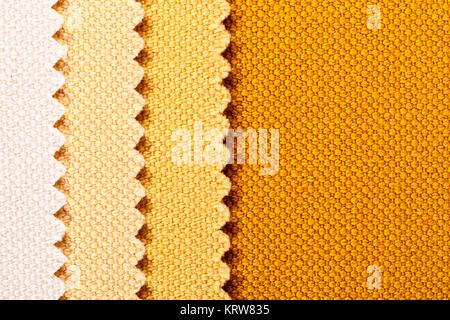 Composition de bandes verticales de couleur du tissu de coton dentelée