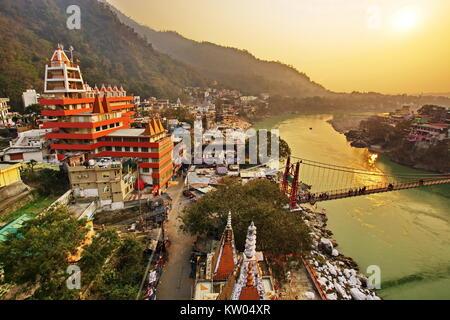 Ram Jhula Rishikesh Laxman Jhoola Uttarakhand en Inde ville ville Banque D'Images
