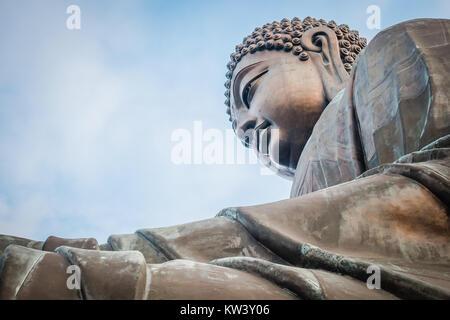 Big Buddha de hong kong dans l'île de Lantau près de ngoing ping Banque D'Images