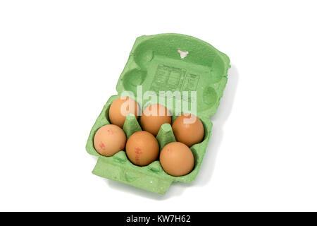 Boîte d'une demi-douzaine d'oeufs britannique estampillé avec codes d'oeufs Banque D'Images
