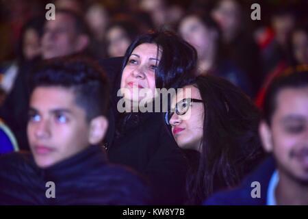 Le Caire, Égypte. 31 Dec, 2017. Priez pour les chrétiens égyptiens au cours d'un réveillon du Nouvel An, à masse Banque D'Images