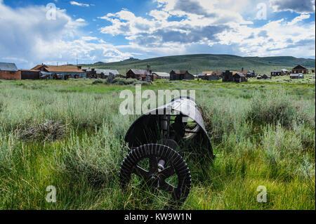 Vieux, équipements miniers abandonnés