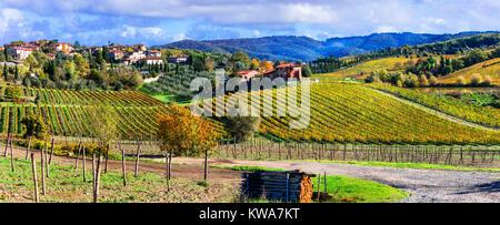 Paysage d'automne impressionnant,vue panoramique,région du Chianti, Toscane,Italie. Banque D'Images